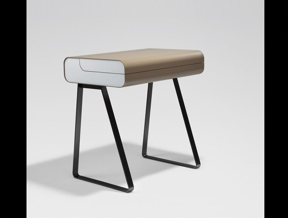 designer beistelltisch runder designer beistelltisch turn. Black Bedroom Furniture Sets. Home Design Ideas